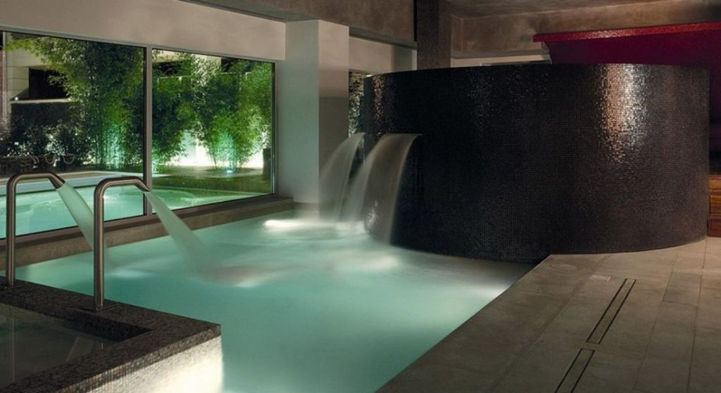 Luxurious Swimming Pool with Water Features